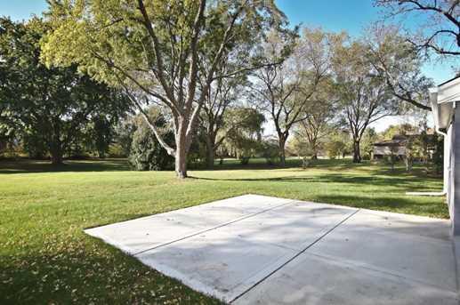 1429 W River Oaks Ln - Photo 8