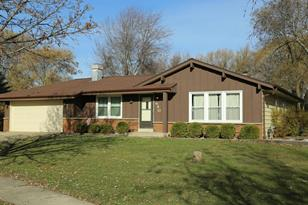 640 E Marion Ct - Photo 1