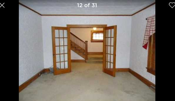 4718  19th Ave - Photo 4