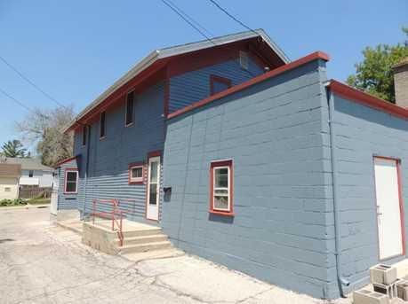 1805 Barton Ave - Photo 4