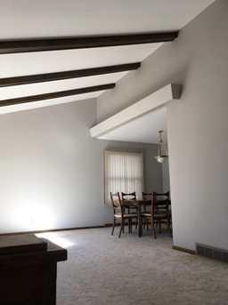 615 decker dr west bend wi 53090 mls 1572310 coldwell banker. Black Bedroom Furniture Sets. Home Design Ideas