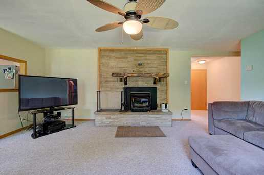 5810 River Rd - Photo 4