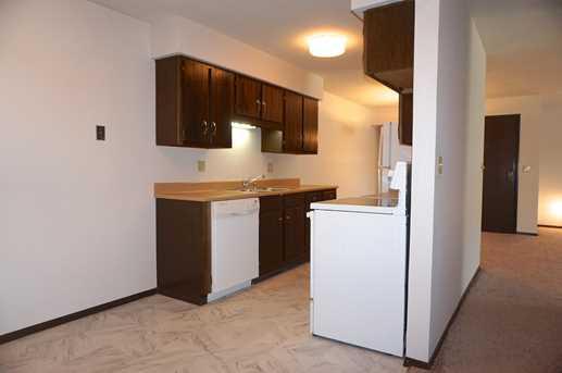 6400 W Howard Ave #201 - Photo 14