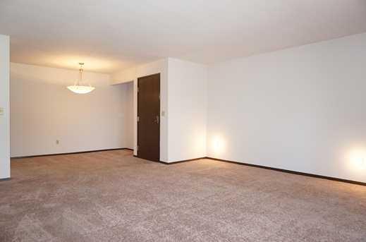 6400 W Howard Ave #201 - Photo 4