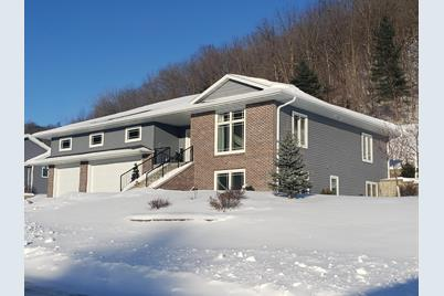 530  Red Apple Dr - Photo 1