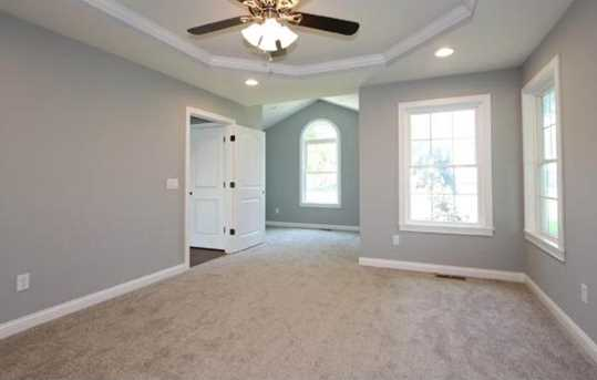 1335 Golfview Ct - Photo 16