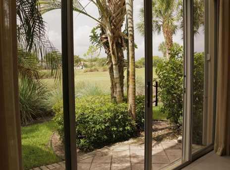 10658 Greenbriar Villa Drive - Photo 22
