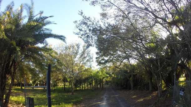 16300 Norris Road - Photo 10