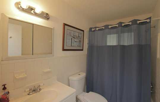 353 SW 14th Place - Photo 10