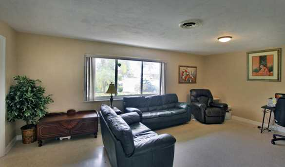 353 SW 14th Place - Photo 20