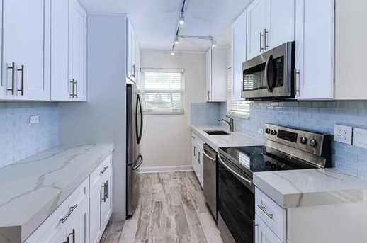 311 Cocoanut Row, Unit #201 - Photo 4