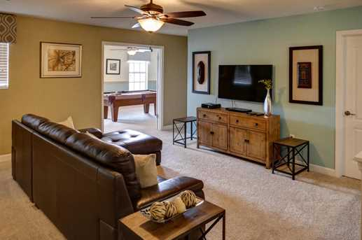 9022 Shadow Mountain - Photo 10