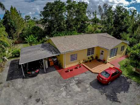 4700 SW 78th Ave - Photo 2