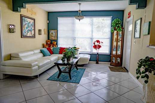4700 SW 78th Ave - Photo 4