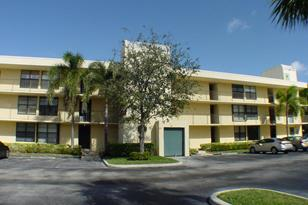 11 Royal Palm Way, Unit #204 - Photo 1