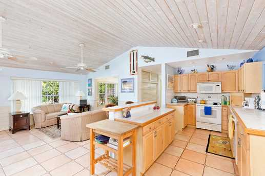 718 Ocean Inlet Dr - Photo 4