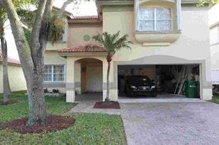 7840 NW 28th Street - Photo 1