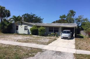 6485 Seminole Drive - Photo 1
