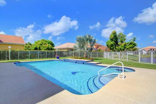 6235 Floridian Circle - Photo 32