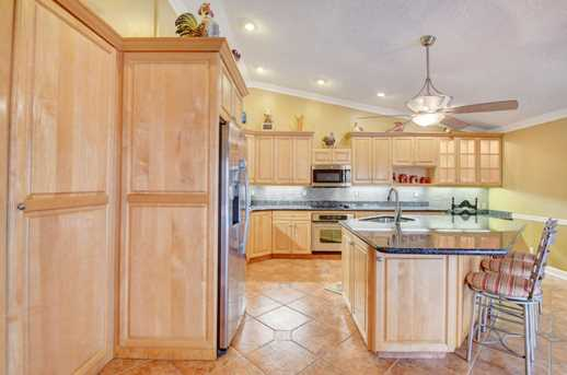 1242 NW 10th Ct - Photo 16