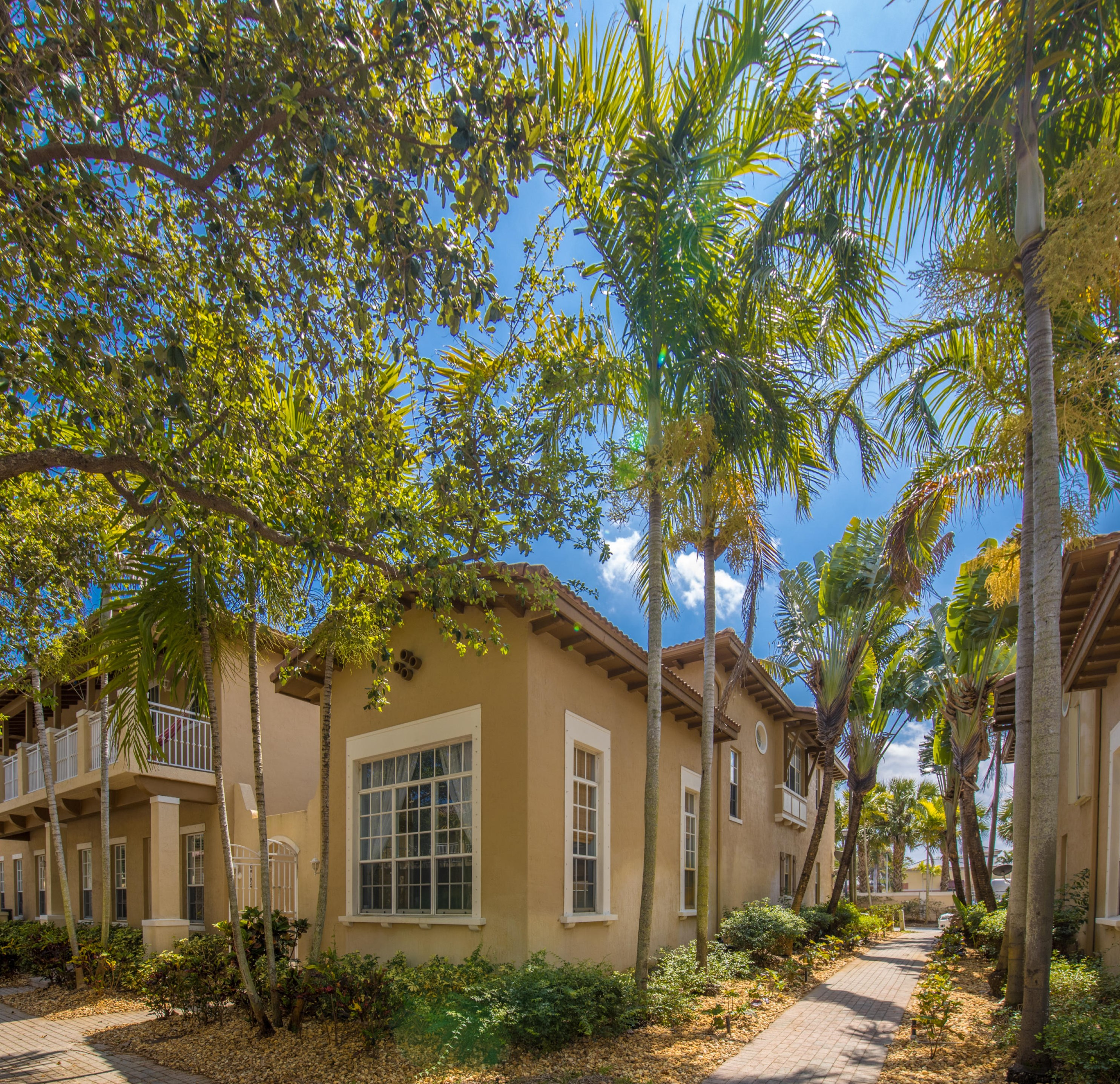 610 Nw 24th Ave, Boynton Beach, FL 33426
