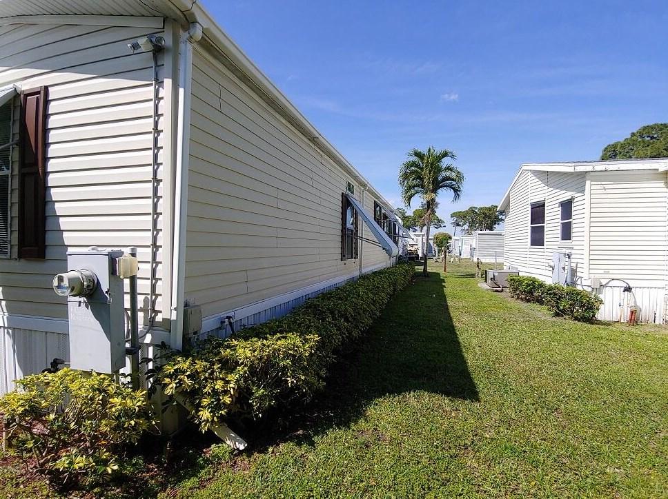 14020 Kingston Bay, Boynton Beach FL  33436-2232 exterior