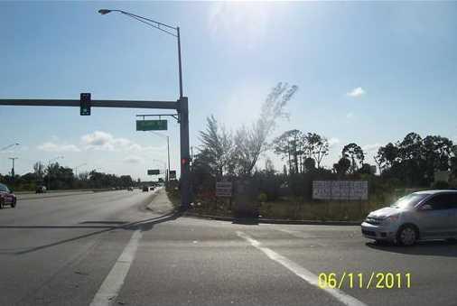 7037 Southern Boulevard - Photo 10