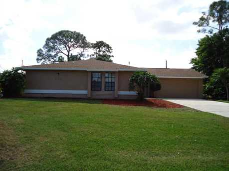 650 SE Ron Rico Terrace - Photo 1