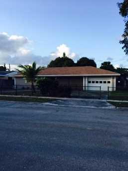 1407 Palm Beach Lakes Boulevard - Photo 1