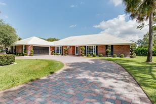 513 S Country Club Drive - Photo 1