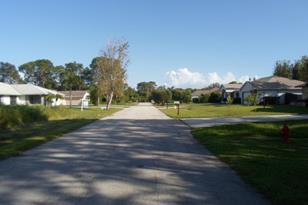 2238 SE Gaslight Street - Photo 1