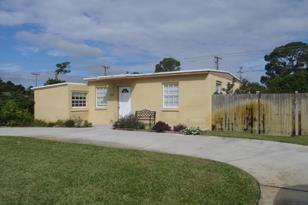5043 Ferndale Drive - Photo 1