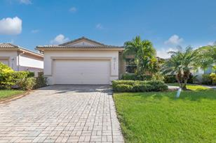 8528 Water Cay - Photo 1