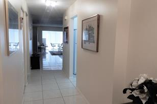 8320 Casa Del Lago, Unit #G - Photo 1