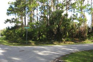 1389 SW Wampler Avenue - Photo 1