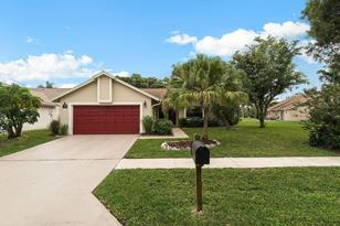 1822 Banyan Creek Circle - Photo 1