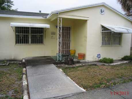 1110 N Sapodilla Avenue - Photo 1