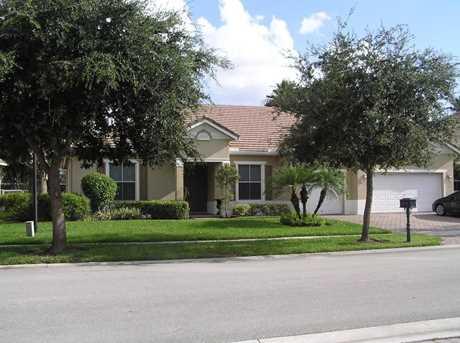 9716 Savannah Estates Drive - Photo 1