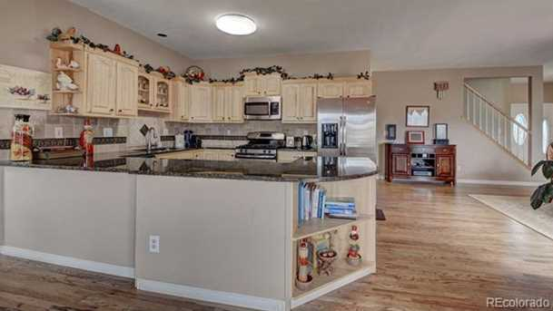 735 Struthers Loop - Photo 8