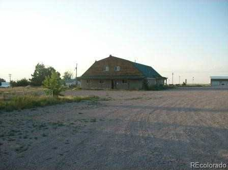 610 Comanche Street - Photo 1