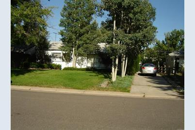 1220 South Elm Street - Photo 1