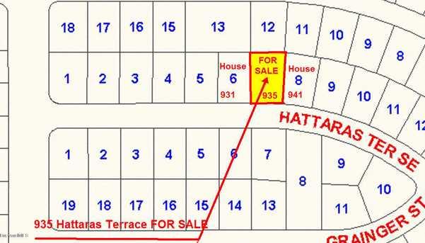 935 SE Hattaras Terrace - Photo 1