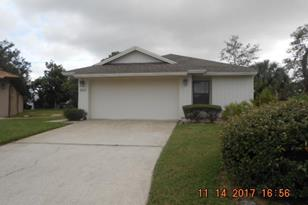 527 Oak Mont Place - Photo 1