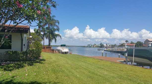 249 Bahama Blvd - Photo 4