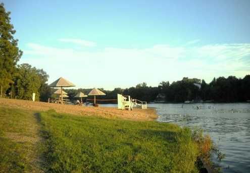 1677 Lake Side Court - Photo 8