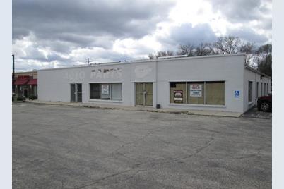 916 East Roosevelt Road - Photo 1