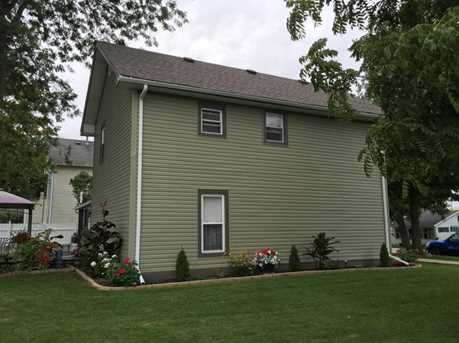 210 East Chester Street - Photo 12