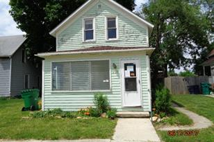 407 West South Street - Photo 1