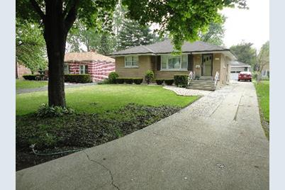 1531 Morris Avenue - Photo 1