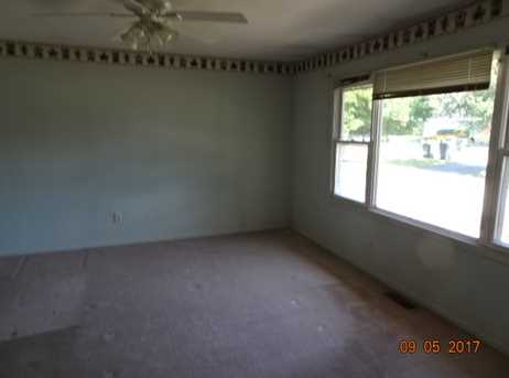 1707 Fairfield Road - Photo 4